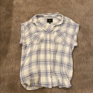 Rails Medium Short Sleeve Plaid Button up